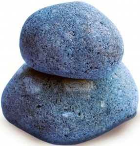 2 rocks stacked on one another that can be used for makeshift potty outdoors