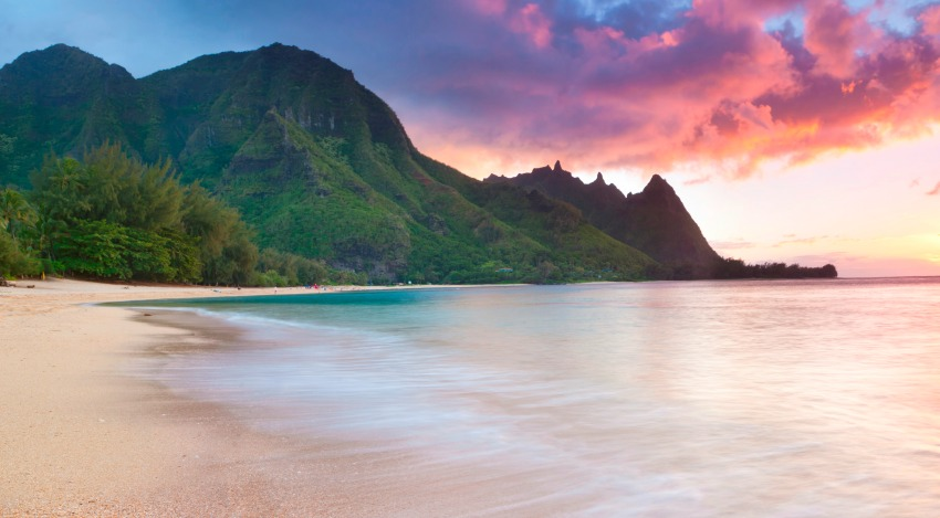 Beautiful sunset against the NaPali Coast in Kauai